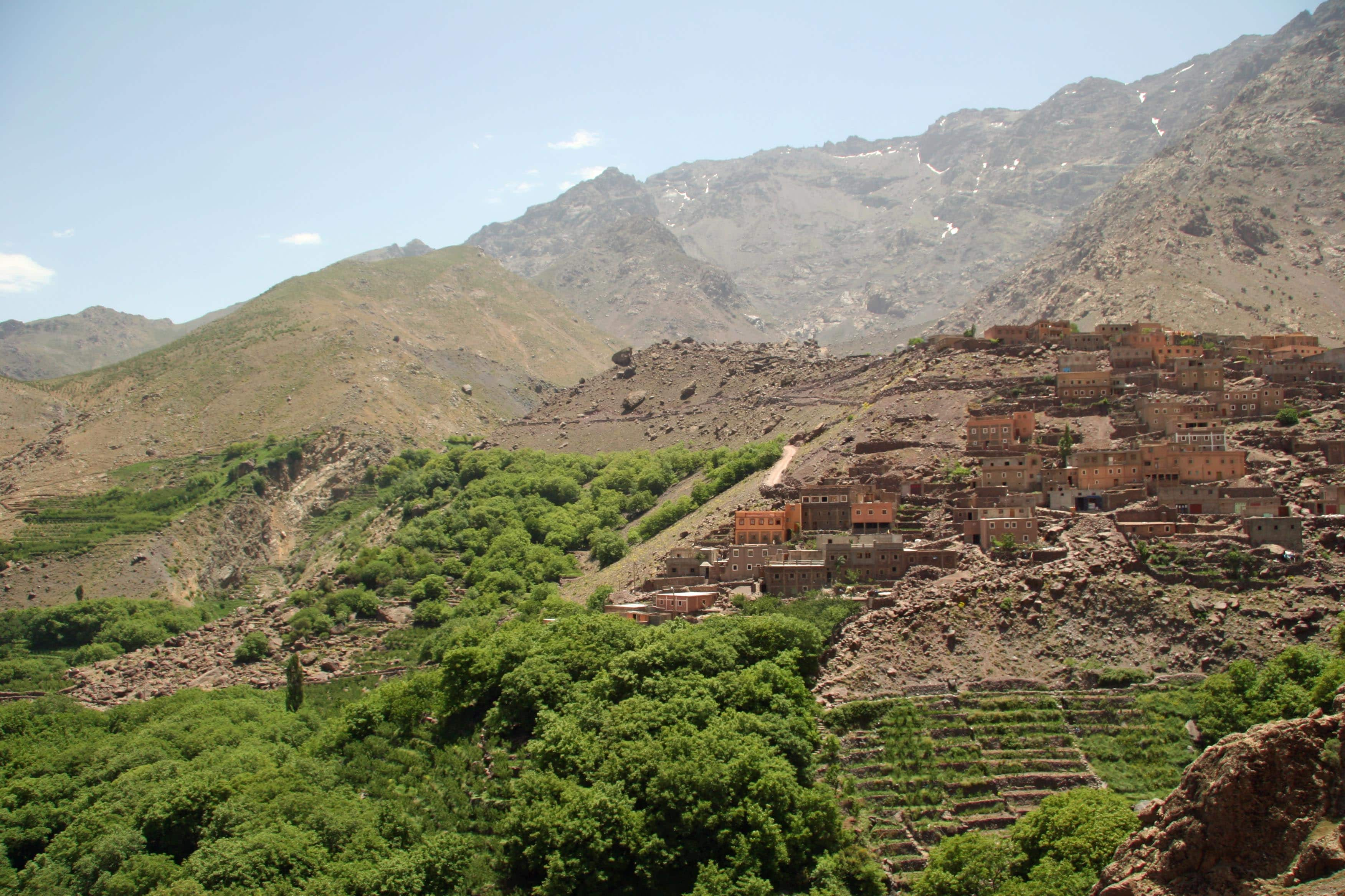 luxury hike in atlas mountains